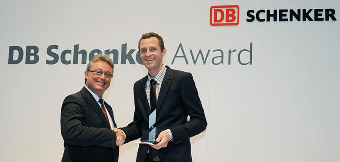 DB Schenker Award 2012 geht an Dr. Sönke Behrends
